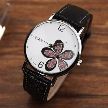 """Pulkstenis """"Flower"""""""